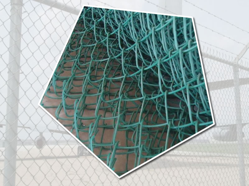 Galvanized Wire Mesh Fencing - 44mm Mesh - Polymer Coated